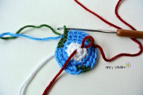 Crochet Big Flappy Ear Bunny Amigurumi Free Pattern | 333x500