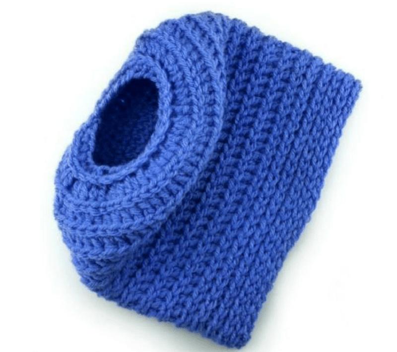 Edgy Messy Bun Hat 2-in-1 crochet pattern & tutorial - Full Beanie, too! (2 sizes)