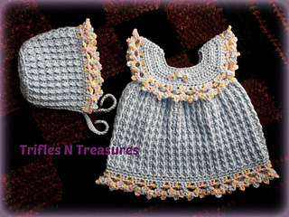24 patterns in this Crochet Dress Roundup compiled by SimplyCollectibleCrochet.com | trifles n treasures forget me knot
