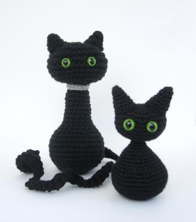 Amigurumi Cat & Kitten by Celina Lane, Simply Collectible