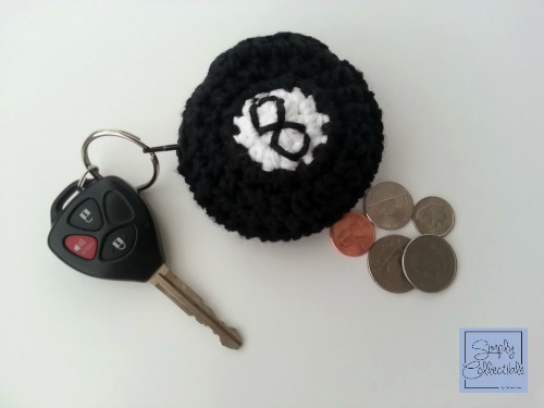 SimplyCollectibleCrochet.com | How to make a coin purse out of a crochet motif. Simple tutorial from Simply Collectible STEP 3