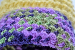 Tuscan Countryside Cuff crochet pattern by Celina Lane, SimplyCollectibleCrochet.com #crochet @SCCelinaLane
