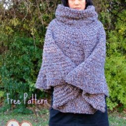 Cowl Hooded Poncho - free crochet poncho pattern [Girls, Teens, Women, and Plus Sizes]
