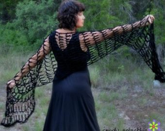Penelope's Flirty Shawl free crochet pattern