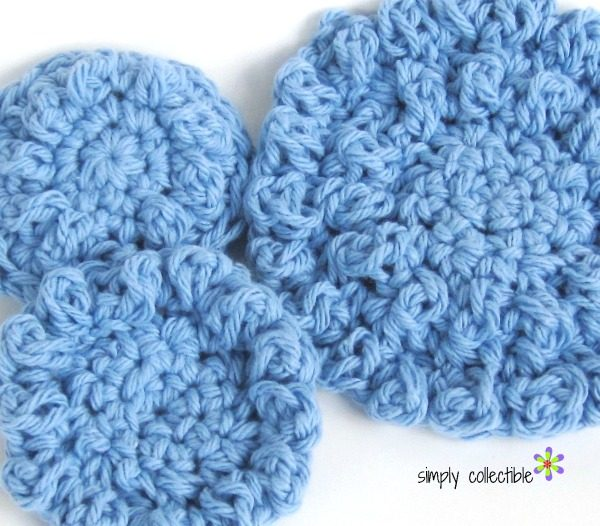 Round Cloths or Reusable Cotton Balls, Free #crochet Pattern - SimplyCollectibleCrochet.com