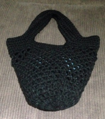 Sturdiest Ever Market bag - free crochet pattern - Crocheted up quick and easy and looks great!