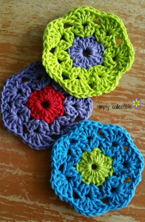 Retro Bloom Scrubbie free #crochet pattern by Simply Collectible