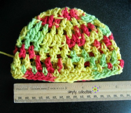 Penelope's Beach Beanie for a Newborn in cotton - free crochet pattern by Simply Collectible