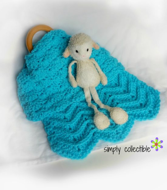 Crochet Lovey Pattern - Lovey Shells and Chevrons - free crochet pattern by Simply Collectible