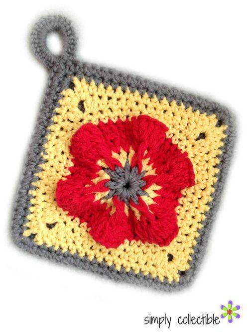 Penelope's Pretty Pansy Potholder on SimplyCollectibleCrochet.com free crochet pattern