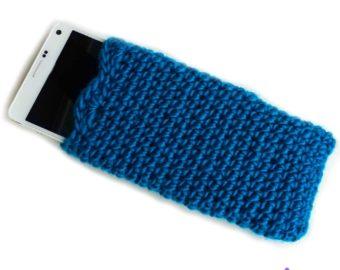 Simplicity Phone Sleeve – free crochet pattern