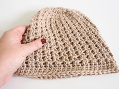 Double V Slouch Beanie Hat Crochet Pattern. This beanie pattern is perfect - it has just the right amount of slouchy stretch to stay loosely on your head.