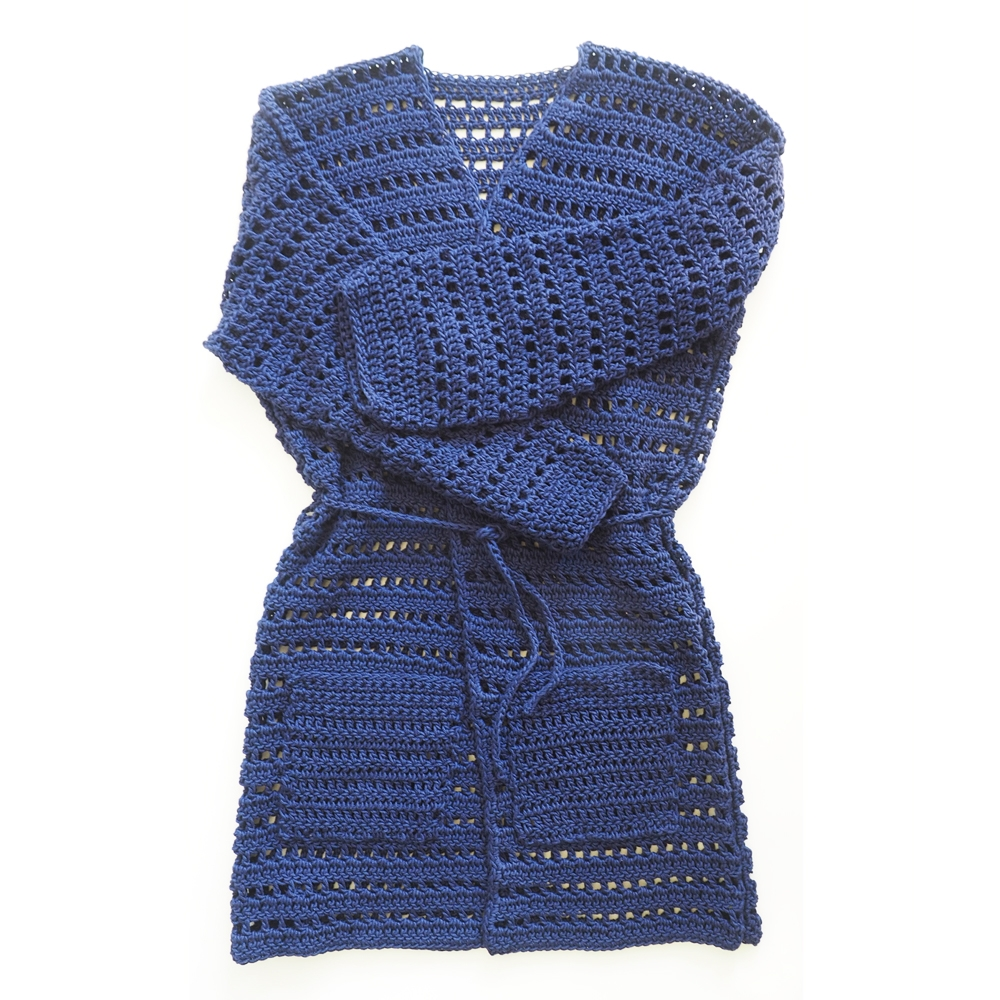 Belted Kimono Cardigan Crochet Pattern - Where else are you going to find something you made yourself that you can wear in both the winter and the fall? #crochettop #crochetpattern #crochetcardigan #crochetkimono #crochetlove #crochetaddict