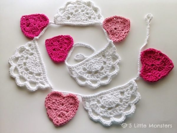 Crochet Doily Bunting - Crochet doily patterns are unique and a great investment of time. They take skill and attention to detail and are perfect for relaxing. #crochetpatterns #crochetdoilypatterns #freecrochetpatterns #crochetaddict