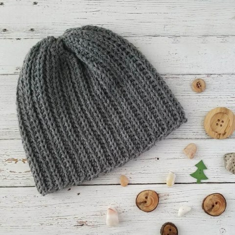The Superior Beanie Knit Look - These 14 crochet hat patterns for men are unique, fun to make and stylish. Pick up your hook and your favorite crochet beanie pattern and get stitching!  #crochethatpatterns #crochethatsformen #menscrochetbeanies