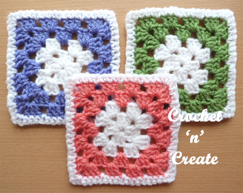 Block Granny Square - Crochet granny squares are so simple and fun to make. With so many free granny square patterns, you'll be stitching up a storm. #CrochetGrannySquarePatterns #GrannySquarePatterns #CrochetPatterns