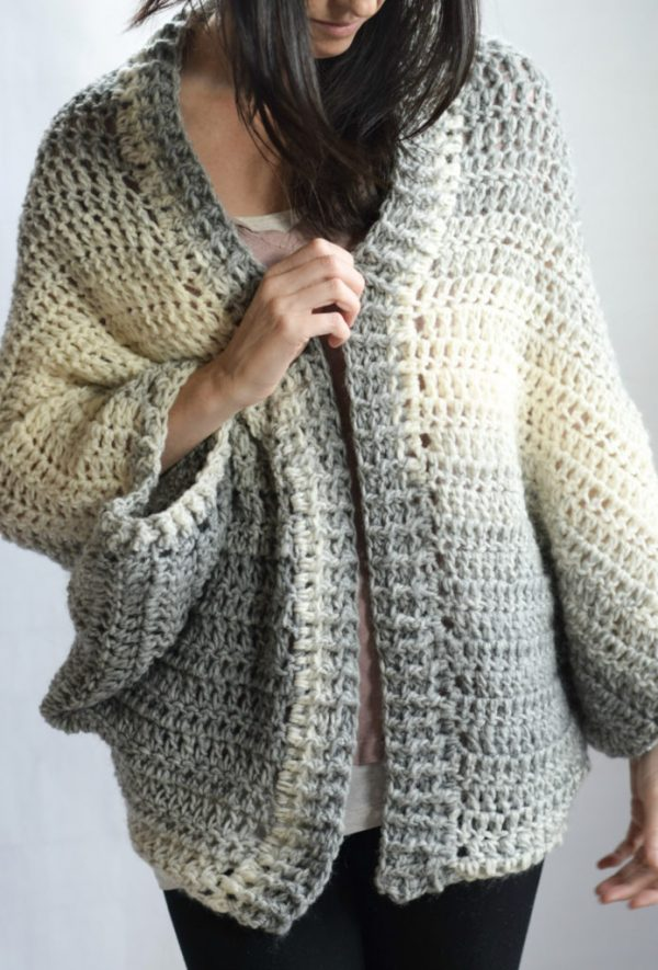 Done in a Day Shrug - These crochet shrugs for women are cozy, comfortable and stylish. Everything you need to punp up your Fall/Winter wardrobe. #CrochetShrug #CrochetShrugPatterns #FreeCrochetPatterns
