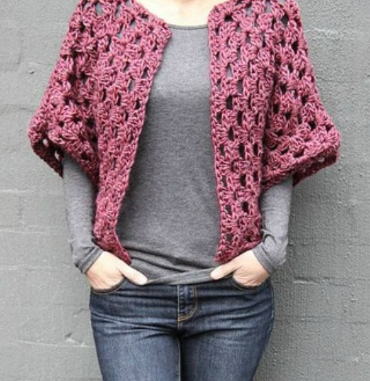 Granny Shrug - These crochet shrugs for women are cozy, comfortable and stylish. Everything you need to punp up your Fall/Winter wardrobe. #CrochetShrug #CrochetShrugPatterns #FreeCrochetPatterns