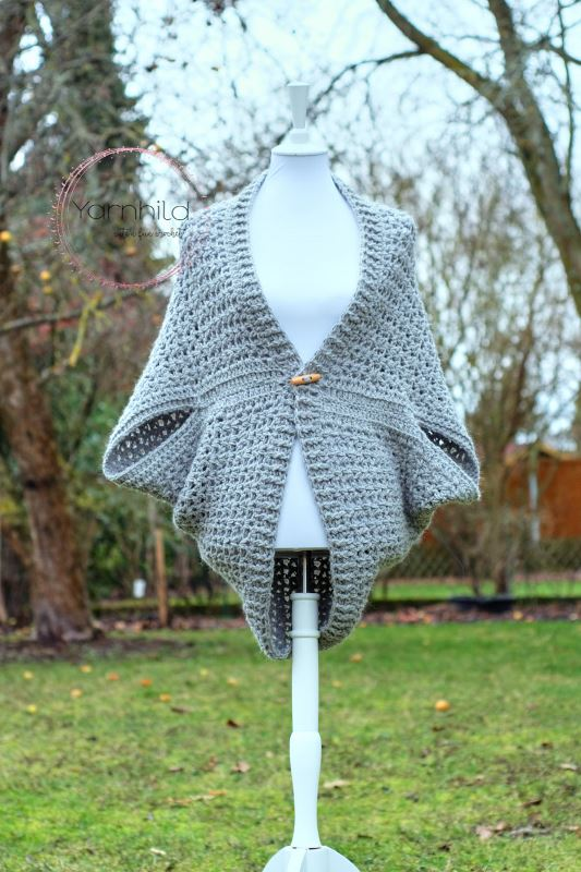 Wrap Me Tender Shrug - These crochet shrugs for women are cozy, comfortable and stylish. Everything you need to punp up your Fall/Winter wardrobe. #CrochetShrug #CrochetShrugPatterns #FreeCrochetPatterns