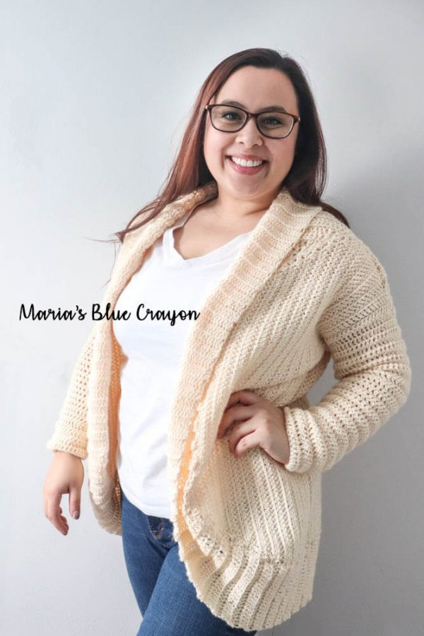 Cozy Cardigan Shrug - Interested in making a few shrugs for yourself and/or to gift? Check out these 27 beginner crochet shrug patterns! #crochetshrugpatterns #crochetpatterns #shrugcrochetpatterns