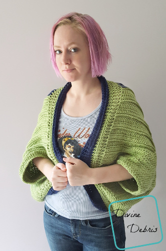 Tasha Traditional Shrug - Interested in making a few shrugs for yourself and/or to gift? Check out these 27 beginner crochet shrug patterns! #crochetshrugpatterns #crochetpatterns #shrugcrochetpatterns